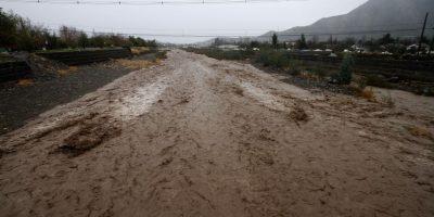 Aguas Andinas declara estado de preemergencia por abastecimiento de agua en la capital
