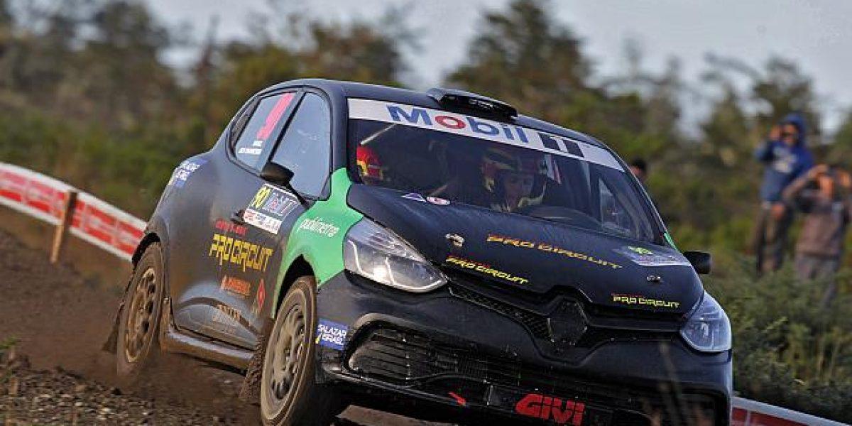 Los hermanos Israel finalizan en expectantes posiciones en el RallyMobil de Chiloé