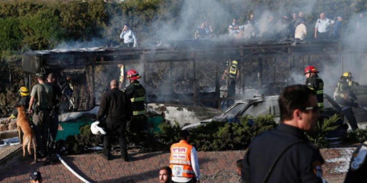 Explosión en un autobús en Jerusalén deja al menos 15 heridos