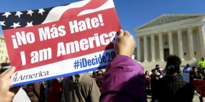 La Corte Suprema examina la legalidad de los decretos de Obama sobre inmigración