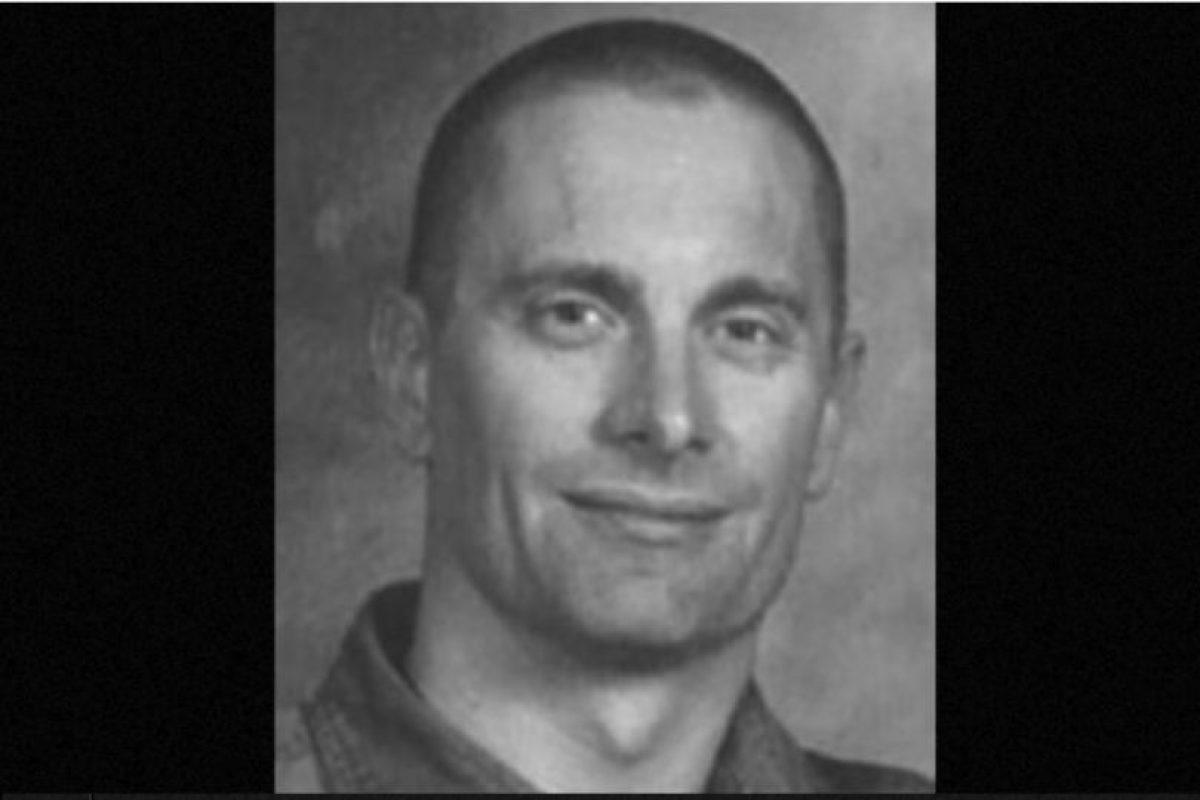 6. Robert William Fisher. Se le busca por haber matado a sus dos hijos y a su esposa en Arizona, en 2001. Se ofrecen 100 mil dólares de recompensa por información que lleve a su captura Foto:fbi.gov/wanted/topten. Imagen Por: