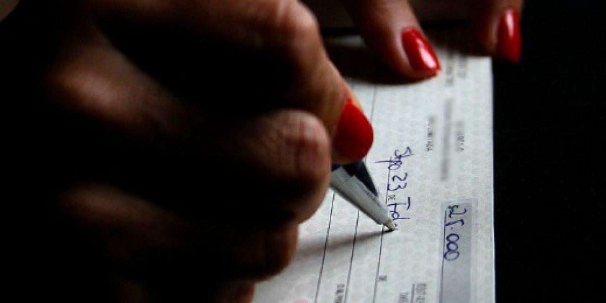 Declaran ilegal que banco no quiera abrir cuenta corriente a clienta