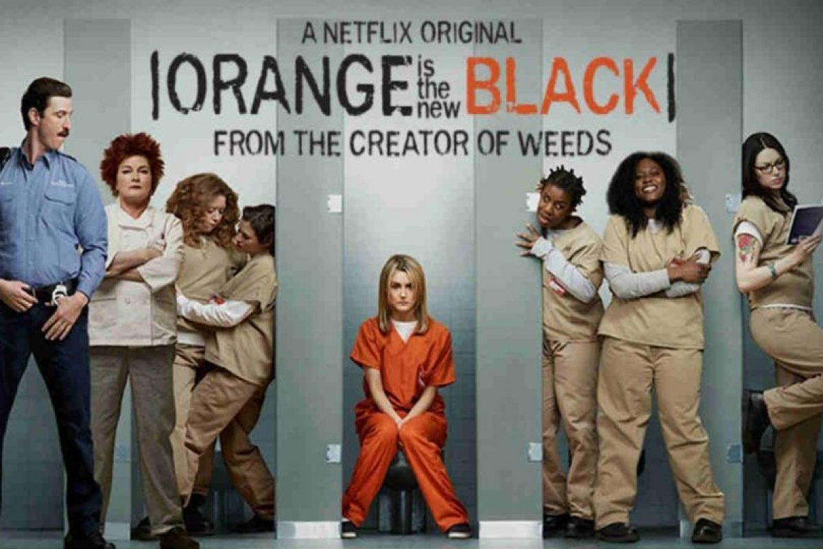 También produce sus propias series, muchas de las cuales han sido un gran éxito. Foto:Netflix. Imagen Por: