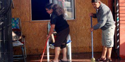Departamentos nuevos de 4 comunas de la RM sufrieron filtraciones por las lluvias