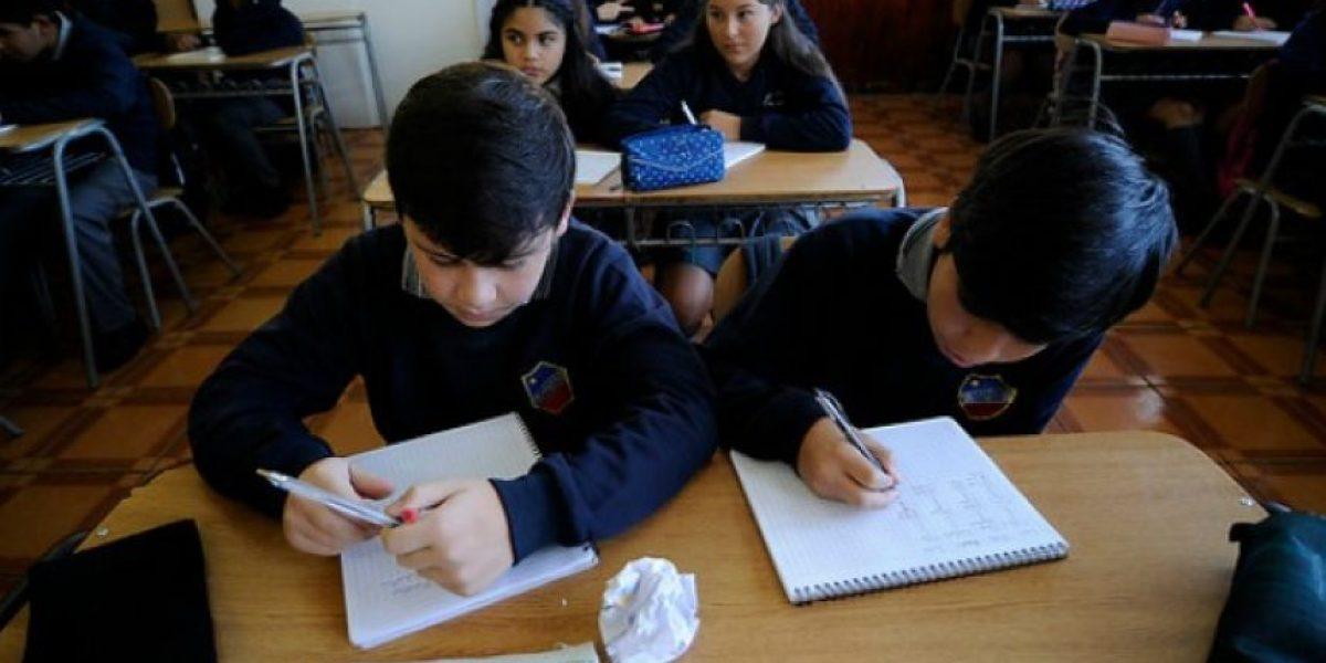Estudiantes vuelven a clases en tres regiones afectadas por el sistema frontal