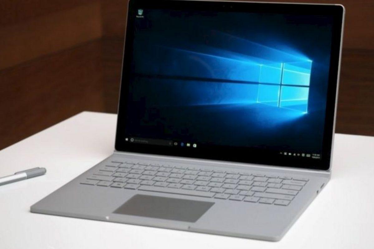 Quizás lo más interesante del teclado en la nueva Surface sea la posibilidad de desprenderse de la pantalla. Además de contar con una bisagra bautizada como Dynamic Fulcrum Hinge. Foto:Microsoft. Imagen Por: