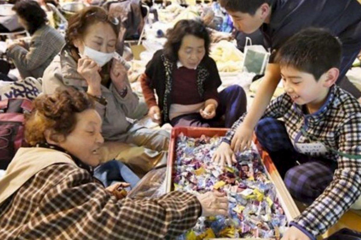 Las autoridades señalaron al menos 40 personas fallecidas y 100 desaparecidos en la isla de Kyushu. Foto:AP. Imagen Por: