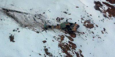 Rescatan a militares que viajaban en helicóptero que cayó en sector cordillerano de Los Andes