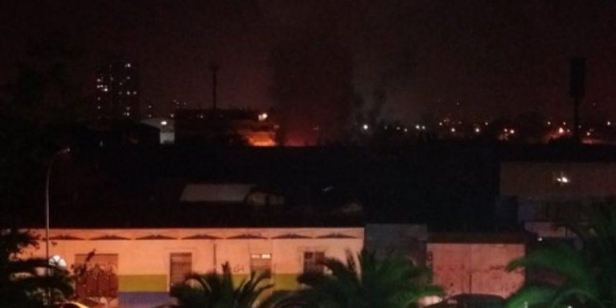 Incendio consume cuatro casas de cité en el centro de Santiago