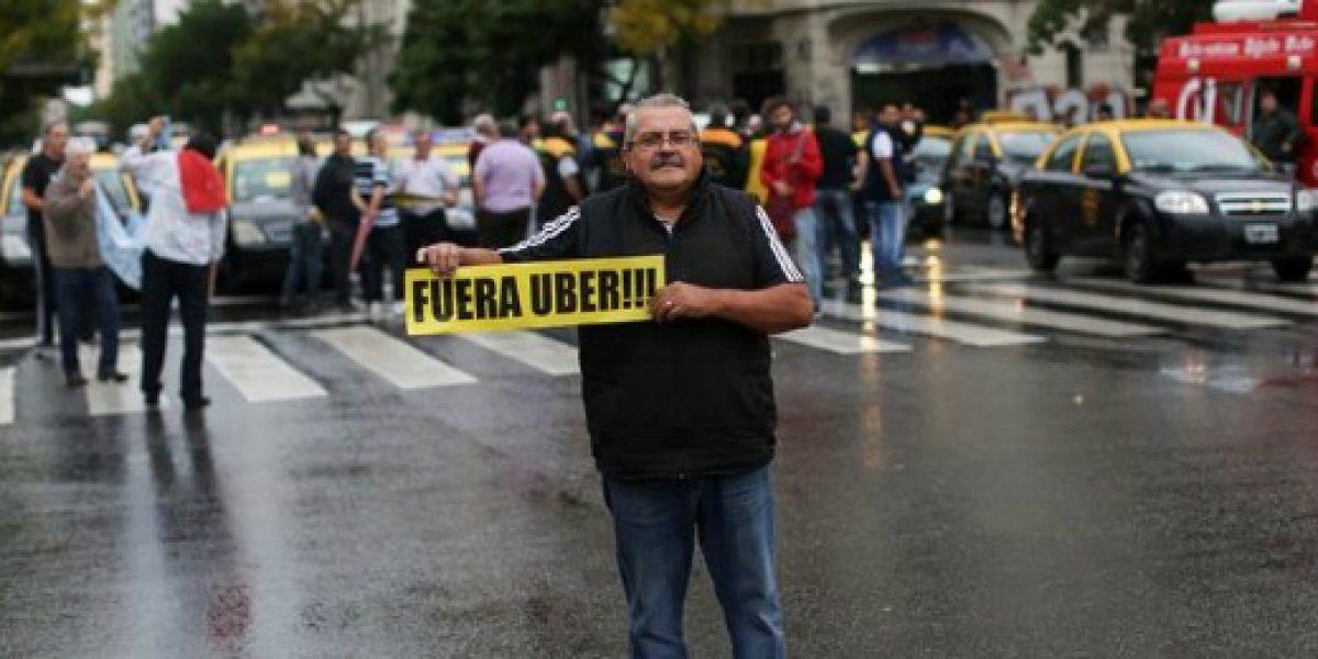 Taxistas de Buenos Aires vuelven a protestar contra Uber