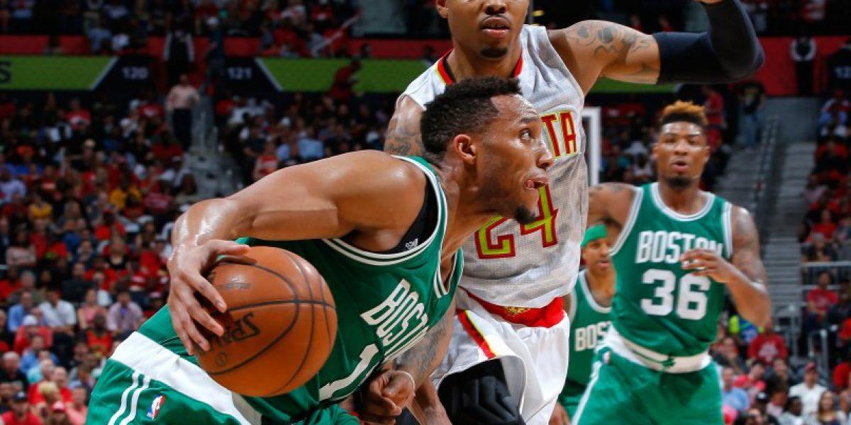 San Antonio y Atlanta siguen firmes en los playoffs de la NBA