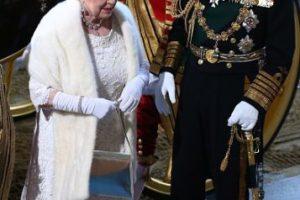 El primer correo electrónico que envió Isabel II fue en 1976. Ella estaba tomando parte en una demostración de la red tecnológica en el Establecimiento Real de Señales y Radar, un centro de investigación en Malvern, Reino Unido. Foto:Getty Images. Imagen Por: