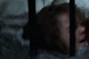 Se ahoga con sus padres en una escalera. Foto:Fox. Imagen Por: