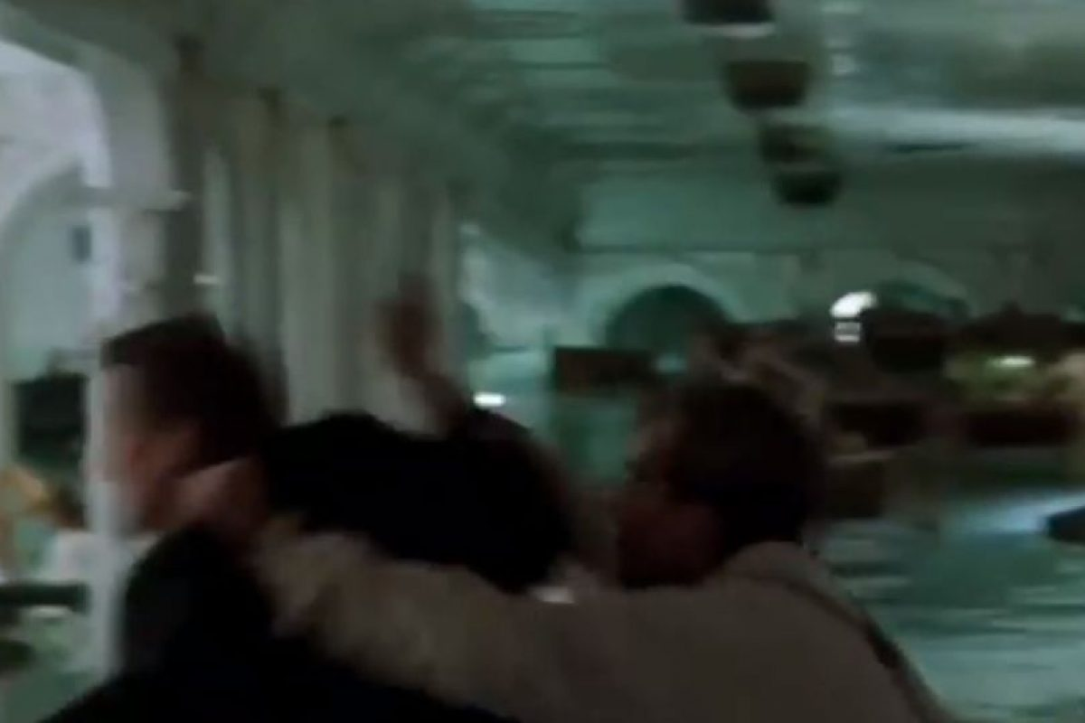 Al final, Jack golpea severamente a Lovejoy Foto:Fox. Imagen Por: