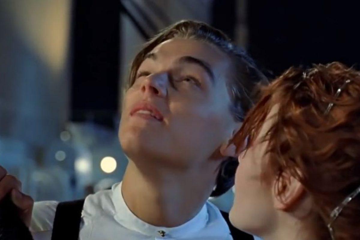Jack y Rose miran las estrellas. Foto:Fox. Imagen Por: