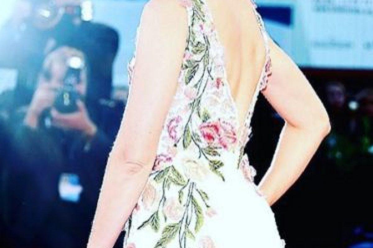 Es actriz, directora y productora estadounidense Foto:Vía instagram.com/elizabethbanks. Imagen Por: