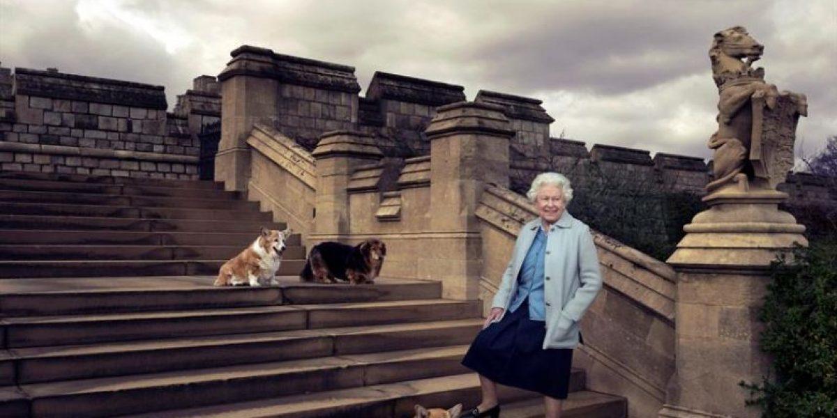 Isabel II cumple 90 años sin mostrar signos de flaqueza