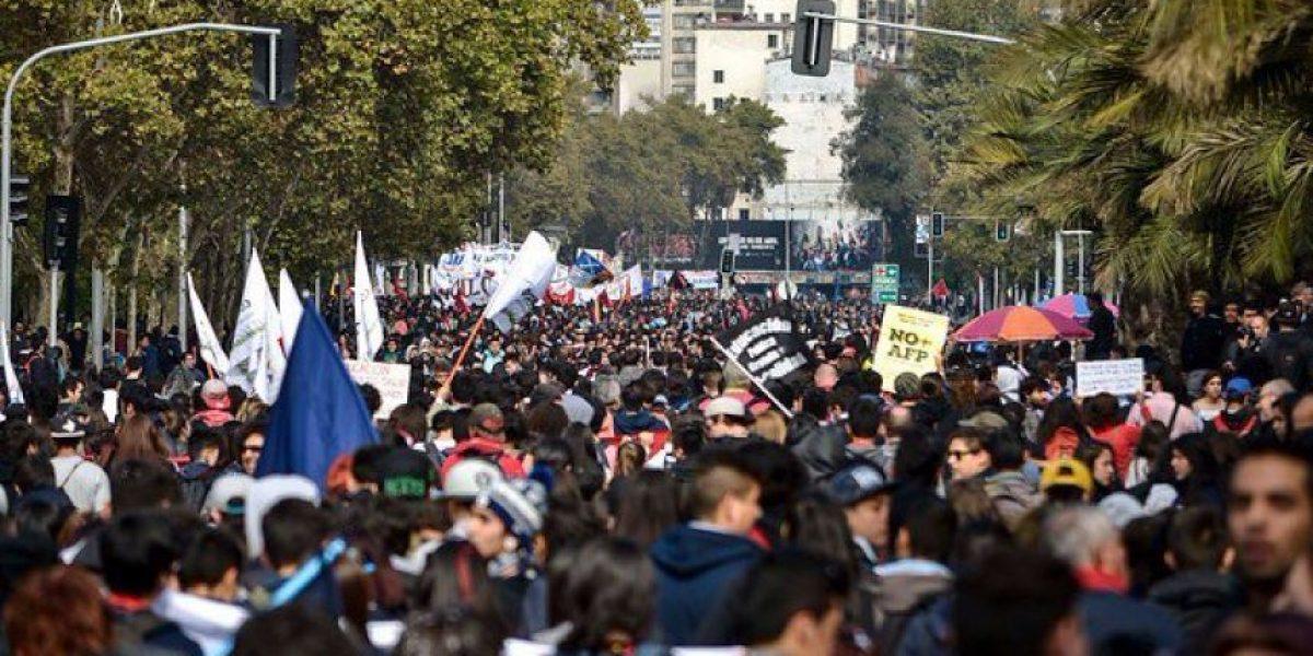 Estos son los desvíos de tránsito en Santiago por la marcha estudiantil y funeral de Aylwin