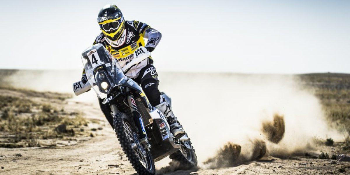 Pablo Quintanilla perdió tiempo y cedió liderato del rally de Qatar