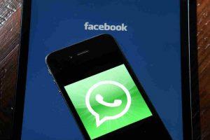 La aplicación WhatsApp permite hacer grupos de usuarios. Foto:Getty Images. Imagen Por: