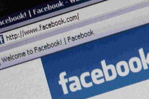 Como todo abuso, usar demasiado las redes sociales puedes ser contraproducente. Foto:Getty Images. Imagen Por: