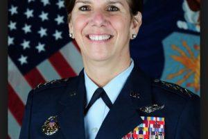 Lori Robinson. General de la Fuerza Aérea de los Estados Unidos Foto:Wikipedia.org. Imagen Por: