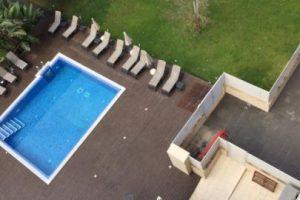 A través de fotografías, les fue contando a sus amigos y seguidores en qué lugares se hospedó. Foto:Vía facebook.com/alexander.caviel.3?fref. Imagen Por: