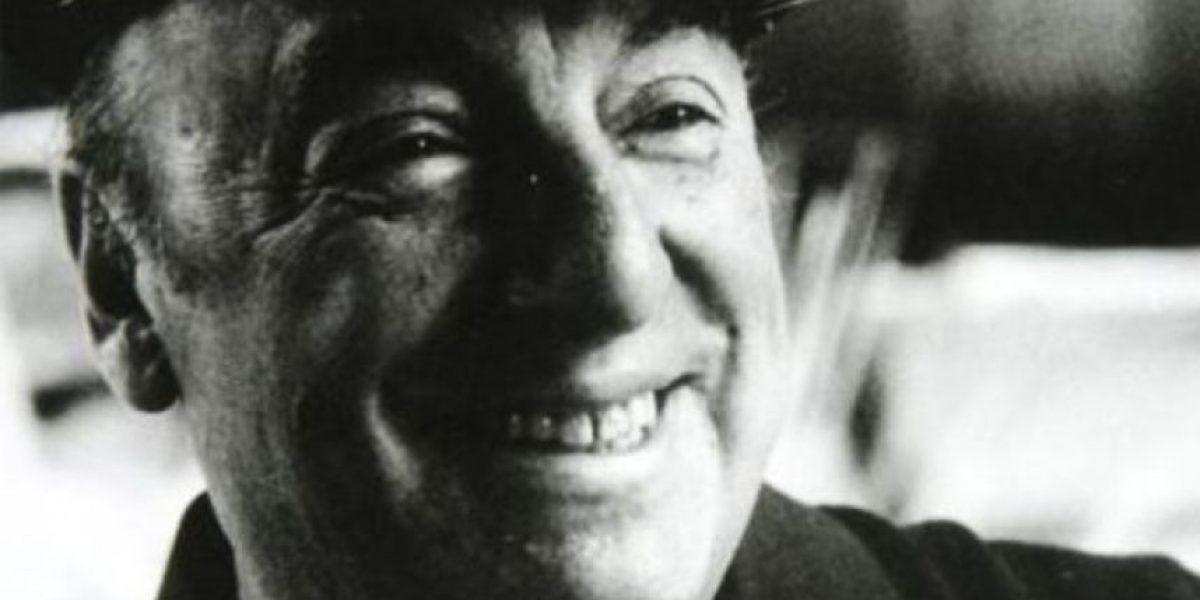 Restos de Neruda vuelven a Isla Negra tras investigación sobre su muerte