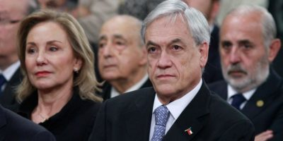 Piñera desata incómodo momento durante misa fúnebre de ex Presidente Aylwin