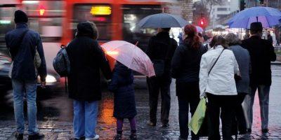 Alerta temprana preventiva en regiones de Valparaíso y Metropolitana por lluvias
