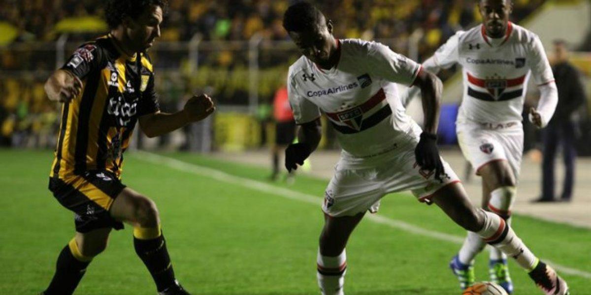 Sao Paulo y Mena sufrieron para avanzar en la Libertadores en polémico final