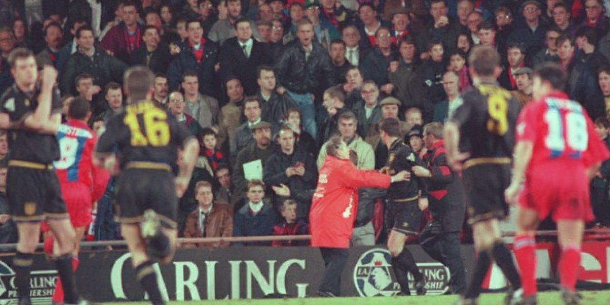 Cantona no olvida ni perdona a 21 años de su patada:
