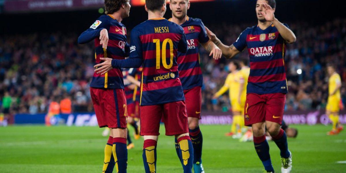 Barcelona de Bravo humilla al Sporting de Lichnovsky con exhibición de Suárez