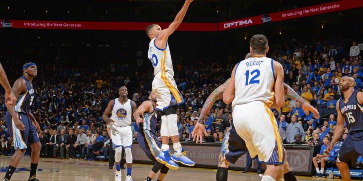 Stephen Curry salió lesionado en triunfo de Warriors frente a Rockets