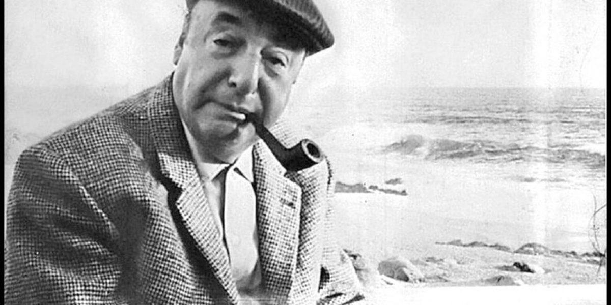 Restos de Pablo Neruda fueron entregados a su familia y trasladados hasta el ex Congreso Nacional