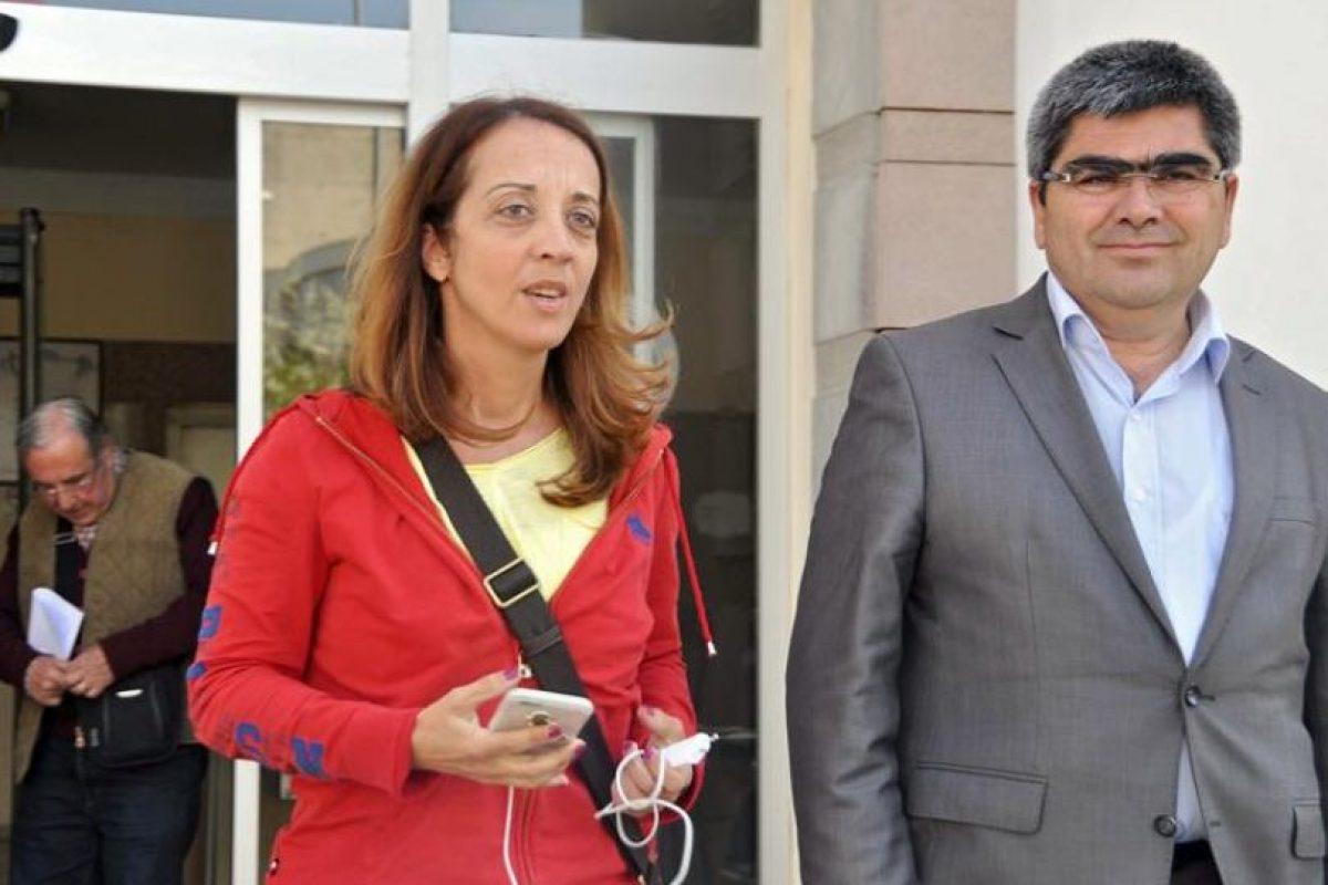 La periodista Ebro Umar, holandesa con raíces turcas, detenida este fin de semana por insultar a Erdogan. Foto:Efe. Imagen Por: