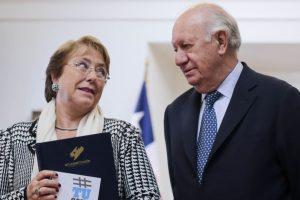 Presidenta de la República se reune con el expresidente Ricardo Lagos Foto:Agencia Uno. Imagen Por: