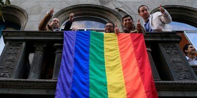 Movilh solicita a Bachelet iluminar La Moneda para el día contra la homofobia