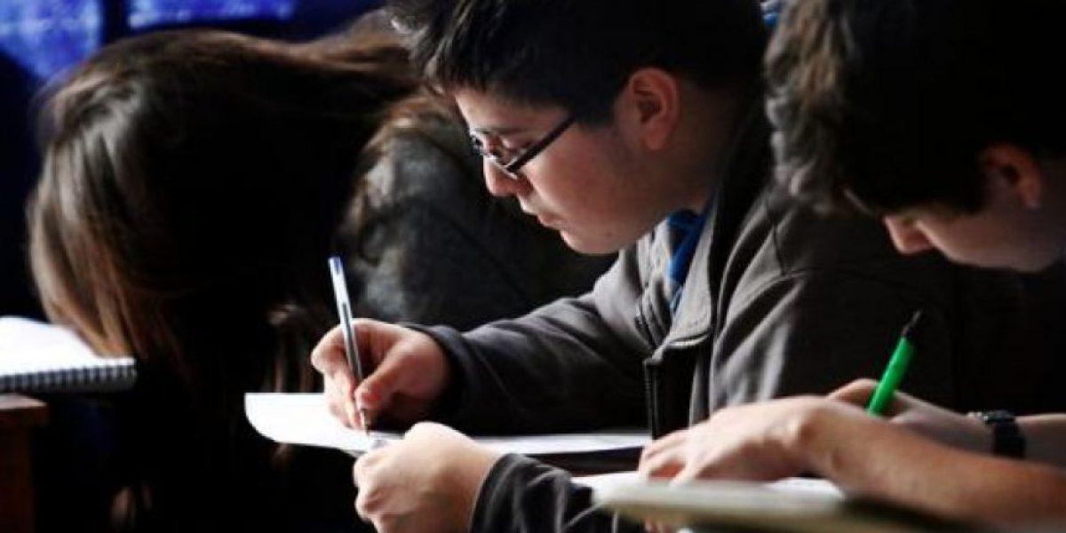 Simce 2015: por primera vez en 10 años mujeres igualan a los hombres en prueba de matemática
