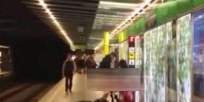 Captan a pareja teniendo sexo en plena estación del Metro