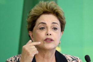 Durante una conferencia de prensa, Dilma aseguró que tiene la conciencia limpia Foto:AFP. Imagen Por: