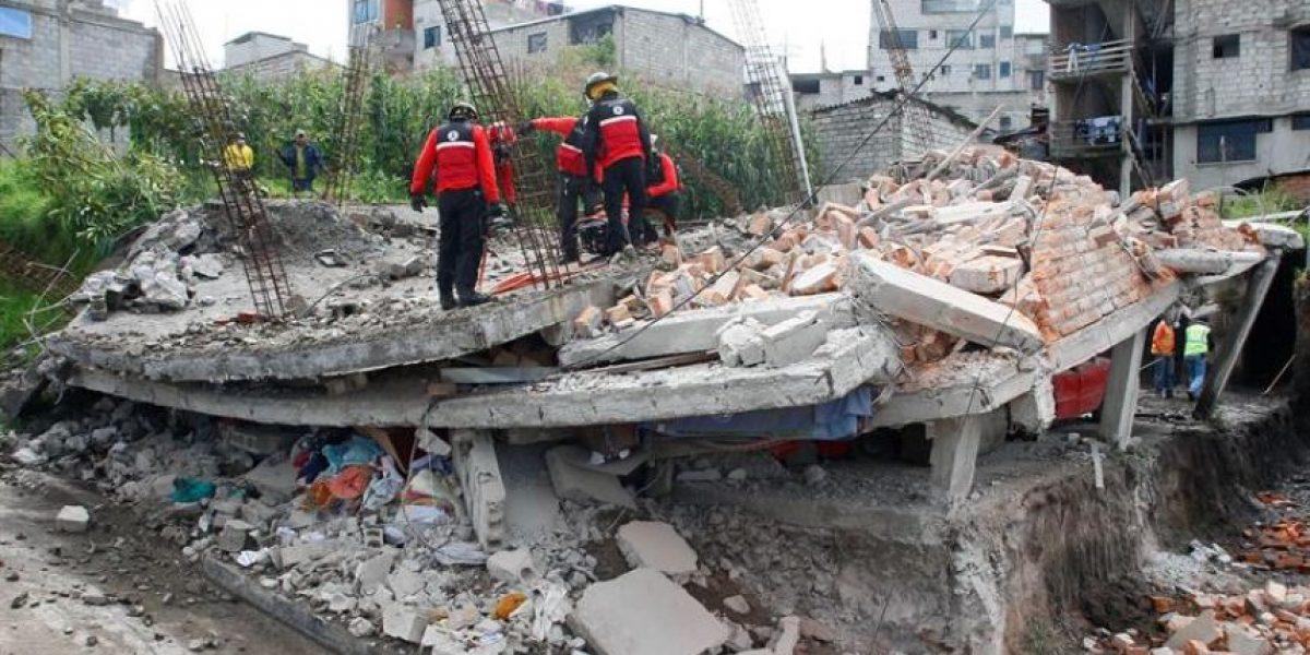 La emotiva carta de niña ecuatoriana a Bomberos de Chile por su ayuda tras el terremoto