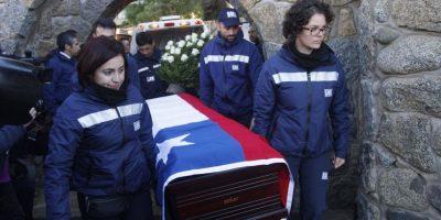 Restos de  Neruda vuelven a Isla Negra para ser sepultados por cuarta vez