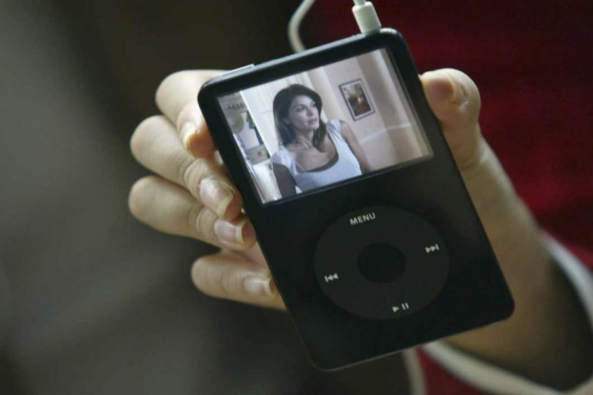 El primer iPod fue lanzado el 23 de octubre del 2001. Foto:Getty Images. Imagen Por: