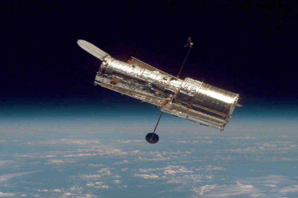 El Hubble pesa alrededor de 11 mil kilos (25 mil libras). Foto:Getty Images. Imagen Por: