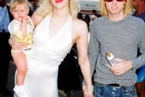 Courtney Love antes lucía peor, pero de 1992 a 2000 tuvo un aspecto sumamente glamuroso. Foto:vía Getty Images. Imagen Por: