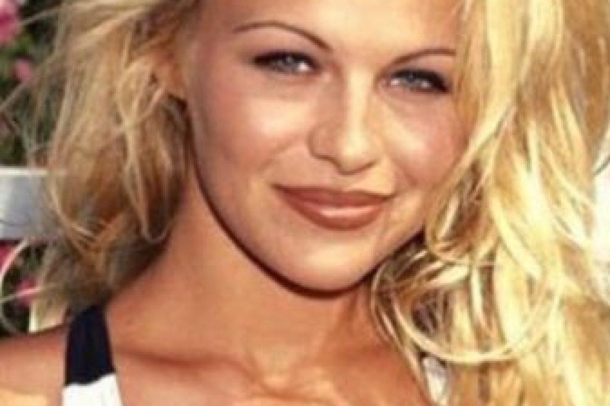 Pamela Anderson, en el apogeo de su naturalidad. Foto:vía Getty Images. Imagen Por:
