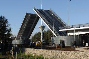 Puente Cau Cau, Valdivia. Foto:Agencia Uno. Imagen Por: