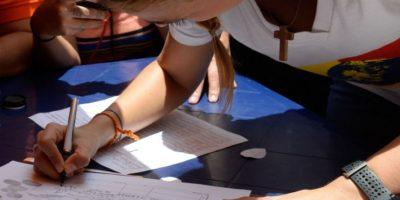 La oposición venezolana dice tener el triple de firmas necesarias para revocatorio