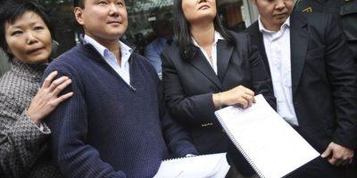 ¿Afecta a Keiko Fujimori su enfrentamiento con Kenji Fujimori?